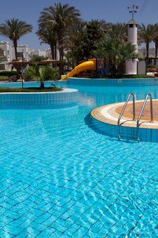 Free Water Pool Royalty Free Stock Photos - 24983098