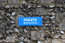 Free Blue Toilet Sign Royalty Free Stock Photo - 24987235