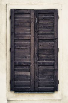 Free Close Old Window Royalty Free Stock Images - 24989779