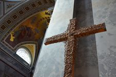 Free Crucifix Stock Photography - 24992932