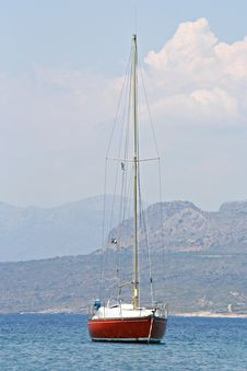 Free Anchored Sailing Boat Royalty Free Stock Photography - 2509017