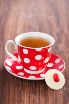 Free Cup Of Tea And White Chocolate Royalty Free Stock Photography - 25002577