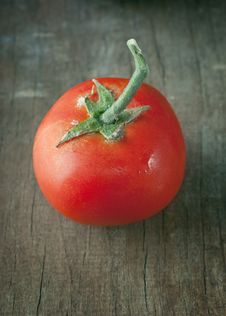 Free Fresh Tomato Royalty Free Stock Photo - 25008975