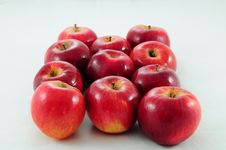 Free Apples Royalty Free Stock Photography - 25009617