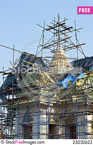 Free Temple Under Renovation. Stock Photos - 25032623