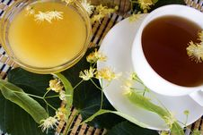 Free Linden Tea And Honey Stock Photography - 25036052