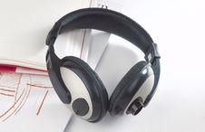 Free Headhones Stock Photography - 25043242
