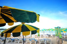 Free Beach Umbrella Stock Images - 25051304