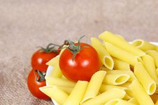 Free Pasta With Tomato Royalty Free Stock Photos - 25066118