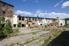 Free Dilapidated Houses Stock Photo - 25090460