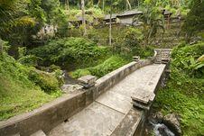 Free Old Stone Bridge Stock Images - 25096074