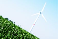 Free Wind Turbine Royalty Free Stock Photo - 2511855