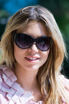 Free Pretty Girl With Sunglasses Royalty Free Stock Image - 2515406