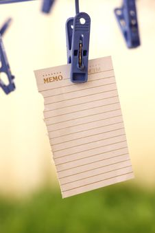 Free Note Paper Royalty Free Stock Photo - 25117475