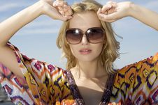 Free Beautiful Girl In Sunglasses Stock Photo - 25137660
