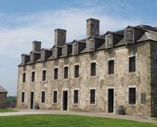 Old Fort Stone Barracks