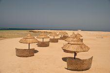 Free Straw Beach Umbrellas Stock Photos - 25158683