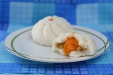 Free Steamed Stuff Bun Stock Images - 25164384