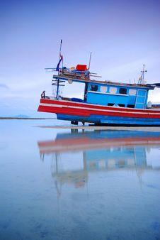 Free Thai Fishing Boat On Coast Stock Photography - 25165972