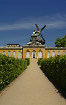 Free Sanssouci Garden In Potsdam, Near Berlin Stock Photo - 25188500