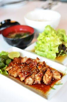 Free Teriyaki Grilled Chicken Stock Images - 25190634