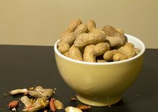 Free Bowl Of Peanuts In Shell Royalty Free Stock Image - 25191756