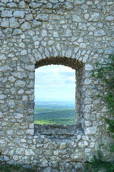 Free Stone Window Royalty Free Stock Photos - 25193708