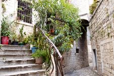 Free Narrow Alley - Trogir, Croatia. Royalty Free Stock Photo - 25194855