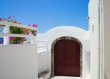 Free Santorini Terrace Royalty Free Stock Photos - 25198728