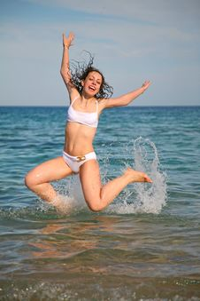 Free Girl Jumps Stock Photo - 2520310