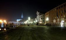 Free Sestiere Castello At Night - Venice Royalty Free Stock Image - 25200006
