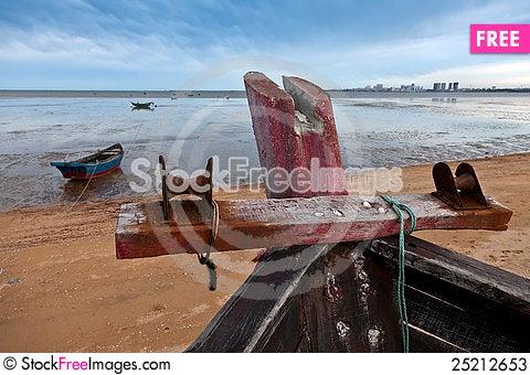 Free Ships On Beach Stock Photos - 25212653