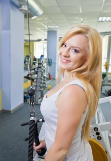 Free Woman In A Gym Royalty Free Stock Photos - 25261488