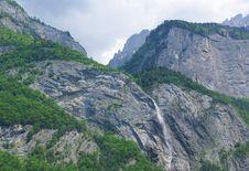 Free Mountain Waterfall Stock Photos - 25268133