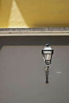 Free Old-fashioned Street Lamp Royalty Free Stock Photography - 25268387
