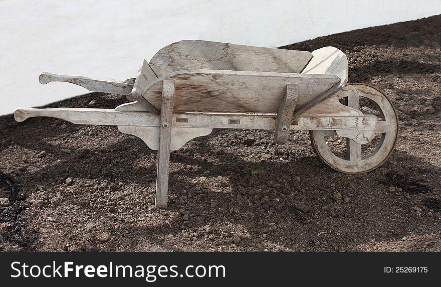 Gardeners Wheelbarrow.