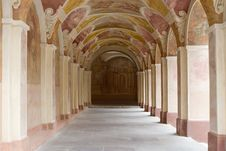 Free Decorative Ornate Corridor Royalty Free Stock Photo - 25286395