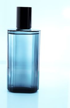 Free Perfume Royalty Free Stock Photography - 25293947
