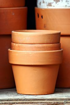 Free Stacked Pots Stock Image - 25297351