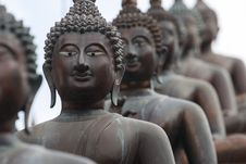 Free Statues Of Buddha Royalty Free Stock Photos - 25298648