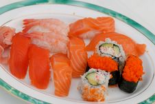 Free Sushi Dinner Royalty Free Stock Photography - 2531457