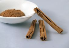 Free Cinnamon Royalty Free Stock Photography - 2533547