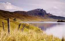 Free Old Man Of Storr Over Loch Stock Photography - 2536622