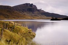 Free Old Man Of Storr Over Loch Royalty Free Stock Photography - 2536637