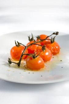 Free Roasted Cherry Tomatoes Stock Photography - 2538822