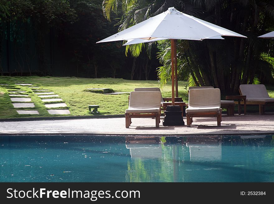 Chill out by the pool -Getaway
