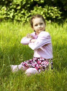 Free Summer Image Of Little Funny Girl In Park Royalty Free Stock Photos - 25320048