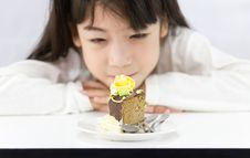 Free The Girl Stared Cake Stock Photography - 25328102