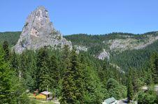 Free Rocky Peak Stock Image - 25335091