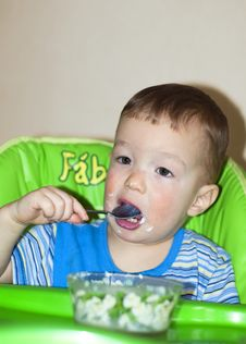 Free Hungry Boy Eating Stock Photos - 25345903
